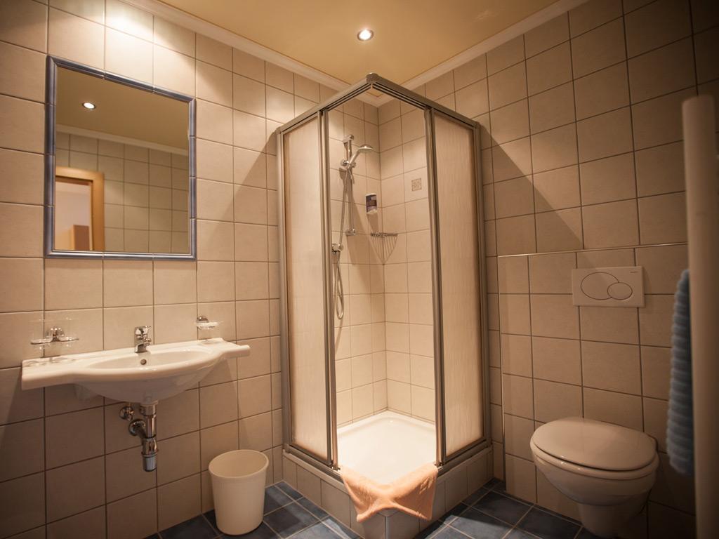 """Doppelzimmer """"Untergeschoss"""" Hotel Garni Erika"""